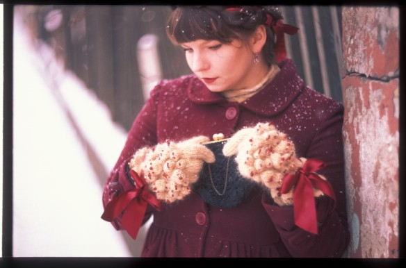 maru_-_knitter_(cant_remember_film_and_camera)_15[1]