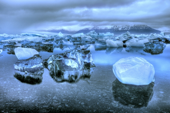 DanOlean-IcelandsDiamonds-JokulsarlonGlacierLagoon-Iceland